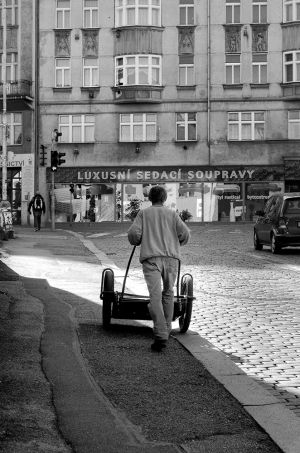 OUT IN THE STREET PRAGUE  (26).jpg